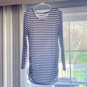 Maternity Super stretchy long sleeve top